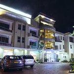 Photo de Kasirimbi Hotel