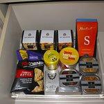 Room 1006 - Mini-bar snacks