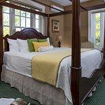 Photo de Captain's Manor Inn
