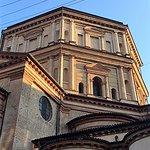 Milano, chiesa di s. Maria della Passione: l'architettura esterna (genn. 2017)
