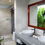 The outdoor bathroom at 2 bedrooms villa