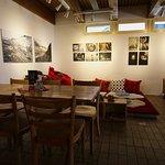 Lesecafe und Kulturbar Bsinti