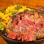 Carne Roja a la Brasa
