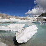 Der kleine Gletschersee auf den Vorab