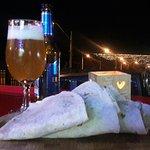 Unas exquisitas quesadillas con una cerveza para comenzar la noche