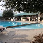 Photo de Travelodge Inn & Suites San Antonio Airport