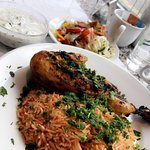 Chicken kabsa dish