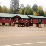 Pine Ridge Motel is located right across from Anderson Canoe Outfitters.