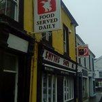 Smyths Bar & Restaurant