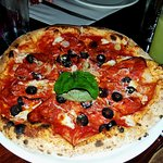 Pizza Calabrese $210