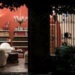 · Biblioteca · Library ·