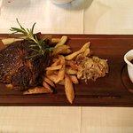 Empire Modern British Restaurant & Steak House Foto