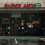 Foto de Super MEX Mexican Restaurant