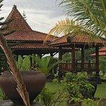 Rumah Dharma Foto