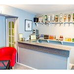 Guest Bar