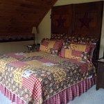 Foto de Frosty Hollow Bed and Breakfast