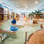 lazy river Splashzone Waterpark