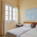 Werkhoekje in onze B&B-slaapkamer met prima wifi