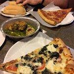 Spinach white pizza