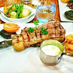 14oz Potterhouse steak with seasonal vegetable