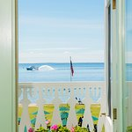 Hotel Iroquois Photo