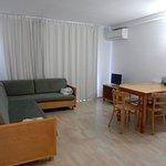 Photo de Les Dalies Apartmentos