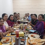 lunch with friends and their families