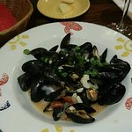 Mussels with a garlic and white wine sauce.