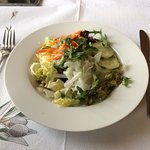 Gyro plate with salad