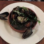 Steamed mussels with artichokes