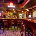 Restaurant - Max's Classic American Grill