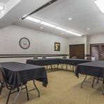 Photo of Comfort Inn & Suites Medicine Hat