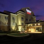奧本奧佩萊卡 Fairfield Inn&Suites 飯店