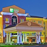 Photo of Holiday Inn Express Hotel & Suites Ooltewah Springs-Chattanooga