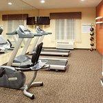 Fitness Center at Holiday Inn Express Willows, California