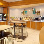 Photo de SpringHill Suites Houston Intercontinental Airport