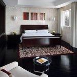 迪拜万豪海港套房酒店