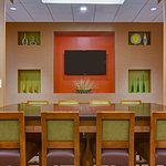 Holiday Inn Express & Suites Fort Lauderdale Airport South Foto