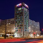 Andels By Vienna House Berlin Exterior View Night