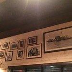 Foto de Louie's Oyster Bar & Grille