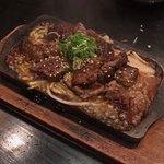Izakaya Jiro Grill & Sake Bar Foto