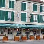 N°23 - PLACE DU MARCHE - BAR HOTEL RESTAURANT - LE CYGNE
