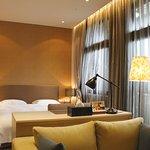 豪華商務套房 Business Deluxe Suite