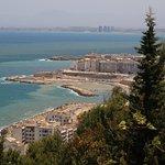 la vue de Notre dame, la plage de R'Mila, Kitani, la bais d'Alger..