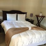 Just in case you are in Chinadonga! This Hotel has great costumer Service! Very clean rooms and