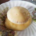 mince pie with custard