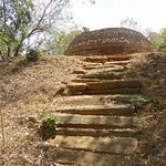 Steps to old sthupa