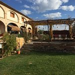 BODEGA - RESTAURANTE - BED AND BREAKFAST CLOS FIGUERAS (GRATALLOPS-PRIORAT)