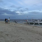 Photo de AABANA Beach & Watersport Resort Malapascua