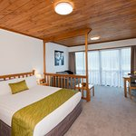 Photo de Swiss Chalet Lodge Motel